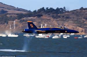 San Francisco airshow: Daredevil fighter pilot hurtles ...