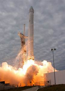 Falcon 9 SpaceX CRS-2 Launch #Dragon | Launches | Pinterest