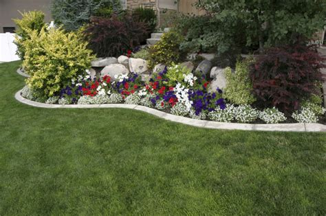 small bushes for flower beds 38 clever backyard shrub garden ideas