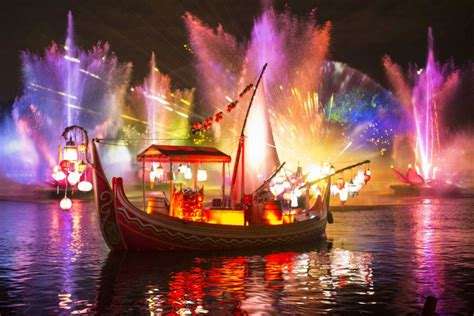 Disney Light Show by An Early Look At Quot Rivers Of Light Quot New Nighttime