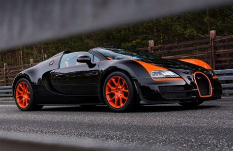 Bugatti owes its distinctive character to a family of artists and engineers, and has always strived to offer the extraordinary, the unrivaled, the best. Bugatti Veyron Grand Sport Vitesse WRC: limited edition al Salone di Shanghai 2013 [FOTO e VIDEO ...