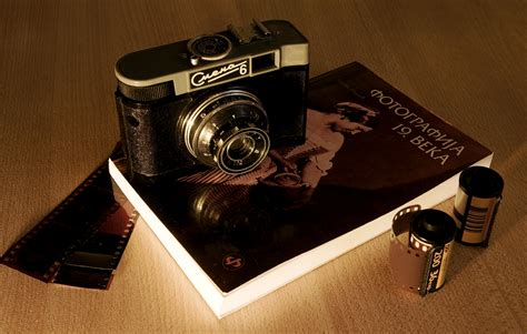 Filehistory Of Photographyjpg  Wikimedia Commons
