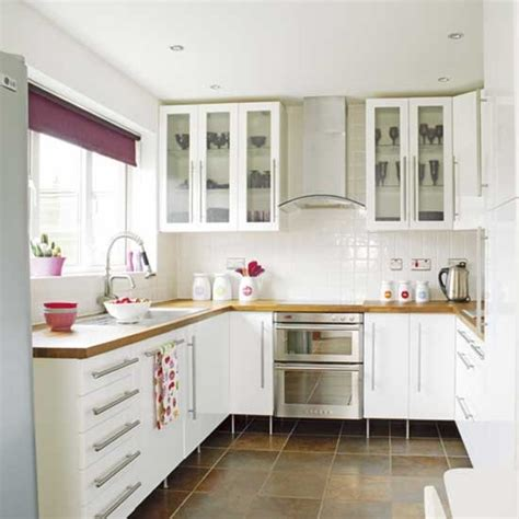 modern small white kitchens decoration ideas