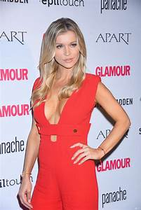 Joanna Krupa At Woman Of The Year Glamour 2016 Gala In Warsaw 09  21  2016