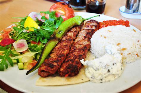 cuisine o food lingo lunch