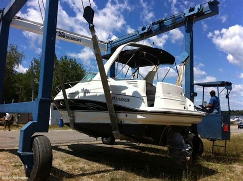 Larson Boats Cabrio 274 by Larson Cabrio 274 2007 For Sale For 39 900 Boats From
