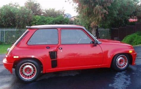 red  renault  turbo bring  trailer