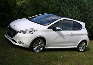Peugeot 208 Blanche : peugeot 208 blanc ~ Gottalentnigeria.com Avis de Voitures