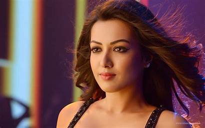 Bollywood Actress Wallpapers Latest
