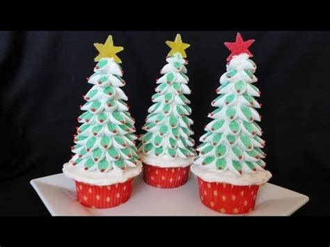 martha stewart christmas tree cupcakes happy holidays
