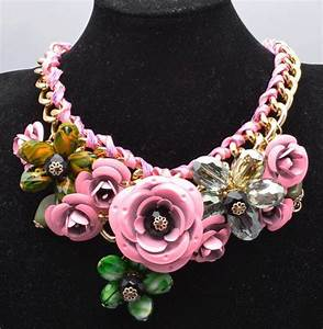 19 best colliers fantaisies images on pinterest With grossiste bijoux fantaisie chine