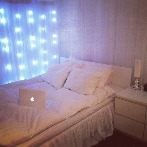 Bedroom Ideas For Teenage Girls - fairy lights in the bedroom ideas also wall interalle com