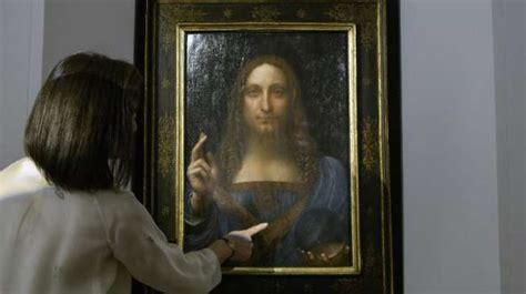 kejanggalan misterius ditemukan  bola kristal lukisan da
