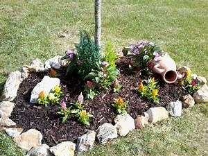 parterre avec cailloux fleurs photo 2 10 parterre With decoration jardin avec galets 7 parterre de fleur avec cailloux obasinc