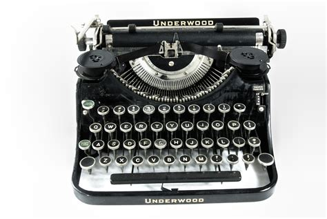antique typewriter underwood omero home