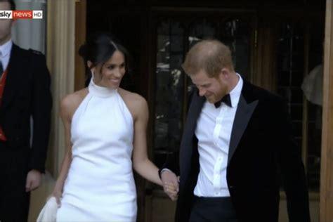 Meghan markle dieser designer entwarf das brautkleid der. Royal Wedding: Meghan Markle zeigt eine zweite Hochzeit ...