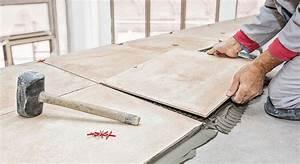 Holzterrasse Längs Oder Quer : l ngs quer oder diagonal was bei der fliesenplanung beachtet werden sollte ratgeber magazin ~ Markanthonyermac.com Haus und Dekorationen