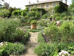 Die besten 25 englische garten ideen auf pinterest for Französischer balkon mit busreise england gärten