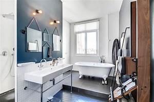 Salle De Bain Style Atelier : l 39 haussmannien en n b classique chic salle de bain paris par atelier daaa ~ Teatrodelosmanantiales.com Idées de Décoration