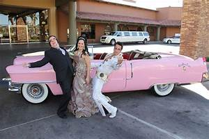 Pink Cadillac and Elvis Airport Pickup - Photo Tours Vegas