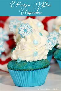 Super Simple Disney Frozen Cupcake Recipe and Decorating