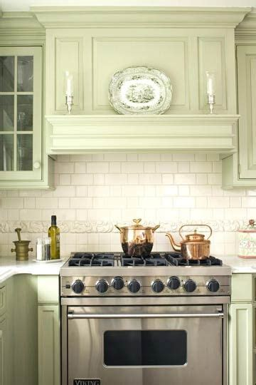 Kitchen Vent Styles by Mantel Style Range I Like How The Sticks Out
