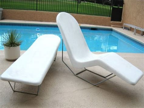 100 white plastic chaise lounge chairs rocking chairs