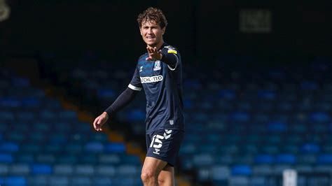 GARD OUT FOR THE SEASON - News - Southend United