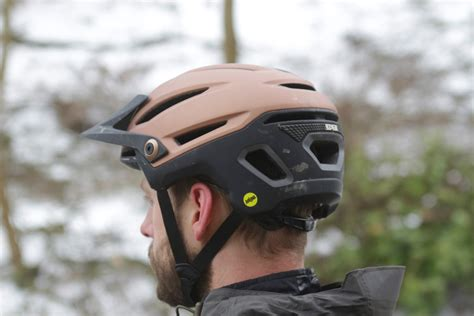 review goodbye bell super helmet   sixer