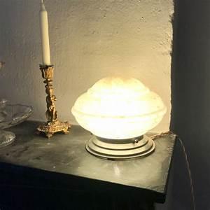 Lampe Globe Verre : lampe globe art d co en verre de clichy brocante et d co chic ~ Teatrodelosmanantiales.com Idées de Décoration