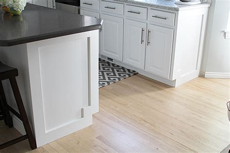 kitchen cabinet pics how to add moulding to a kitchen island withheart 2674