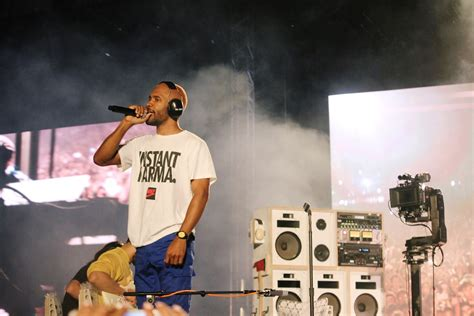 Frank Ocean Is Quiet. His T-shirts Are Not