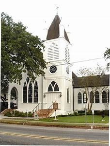 St. Matthew Episcopal Church, Houma, LA.