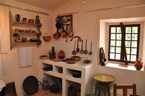 cuisine nature fichier intérieur d 39 une cuisine ancienne en haute provence maison nature et patrimoine de