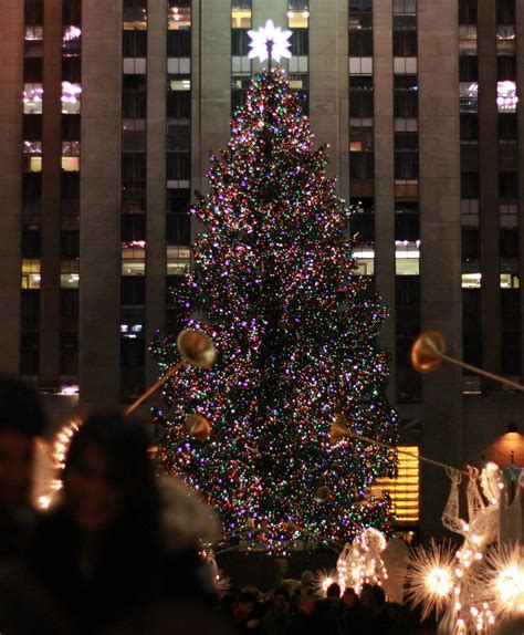 rockefeller center christmas tree pictures new york sightseeing