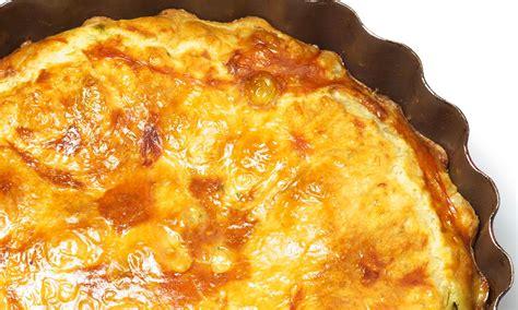 cuisine lorraine recette quiche lorraine sans pâte pour 4 personnes recettes