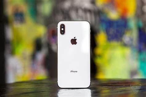 apple is reportedly working a laser based 3d sensor for 2019 iphone the verge