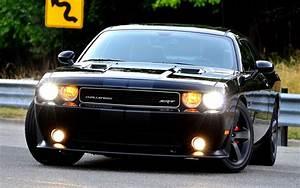 Dodge Challenger Srt8 : marchionne 39 s custom 2011 dodge challenger srt8 heading to auction ~ Medecine-chirurgie-esthetiques.com Avis de Voitures