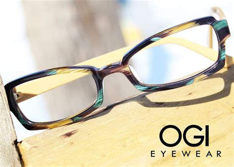 Choose any of the colors in this #OGI frame to complement