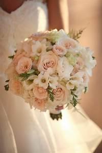 Bouquet De Mariage : pourquoi opter pour un bouquet de mari e rond ~ Preciouscoupons.com Idées de Décoration