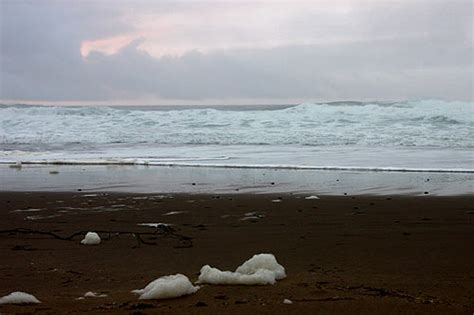 tide tables yachats oregon high winds on oregon coast overnight wild waters