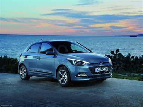 Hyundai I20 Backgrounds by Hyundai I20 2015 Picture 03 1600x1200