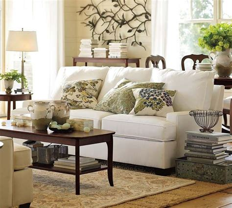 Pottery Barn Inspired Living Room by Best 25 Pottery Barn Pillows Ideas On