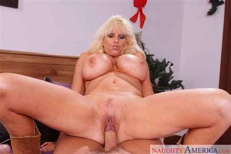 Tia Gunn Christian Big Tits Blow Job Milf Blonde