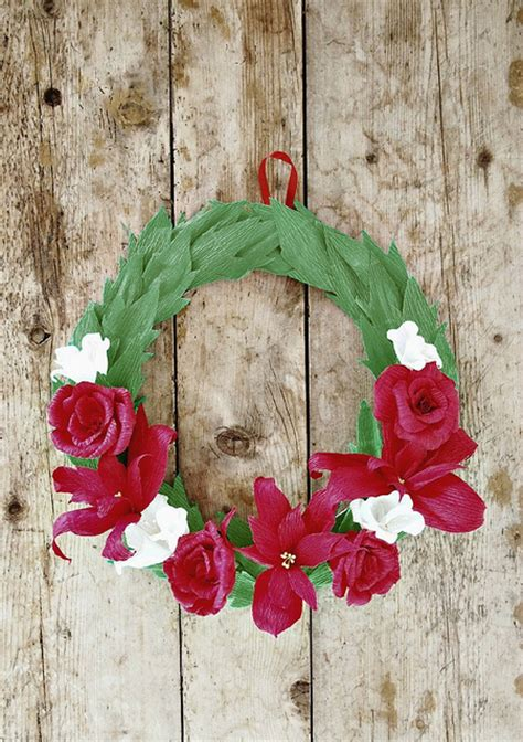crepe paper diy christmas wreath allfreeholidaycraftscom