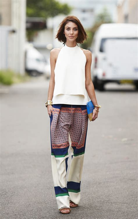 Womenu0026#39;s Office Outfit Ideas For Summer 2018 | FashionGum.com