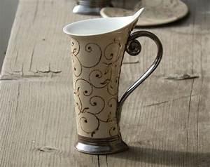 Unterschied Keramik Porzellan : mug ceramic mug tea mug red mug unique mug ceramics and pottery stoneware mug pottery mug ~ Yasmunasinghe.com Haus und Dekorationen