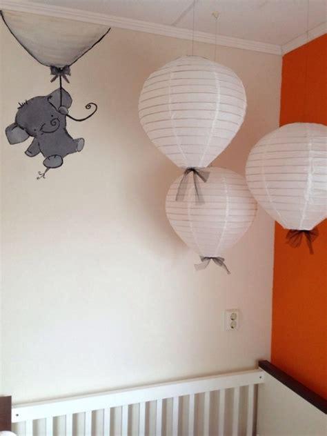 chambre bébé bleu turquoise idée déco chambre bébé sympa et originale à motif d 39 éléphant