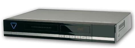 dvd rohlinge aldi aldi s 252 d lcd flachbildfernseher tevion md 30302 und dvd festplattenrekorder medion md 82000