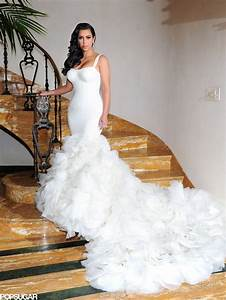 Kim kardashian wedding pictures with kris humphries for Kim kardashian s wedding dress